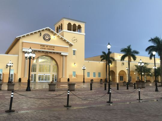 A picture of the front of the Port st. Lucie Civic Center