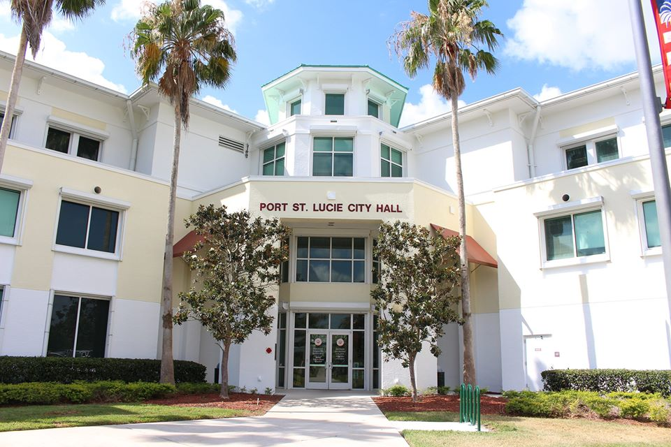 Picture of the front entrance of Port St. Lucie City Hall