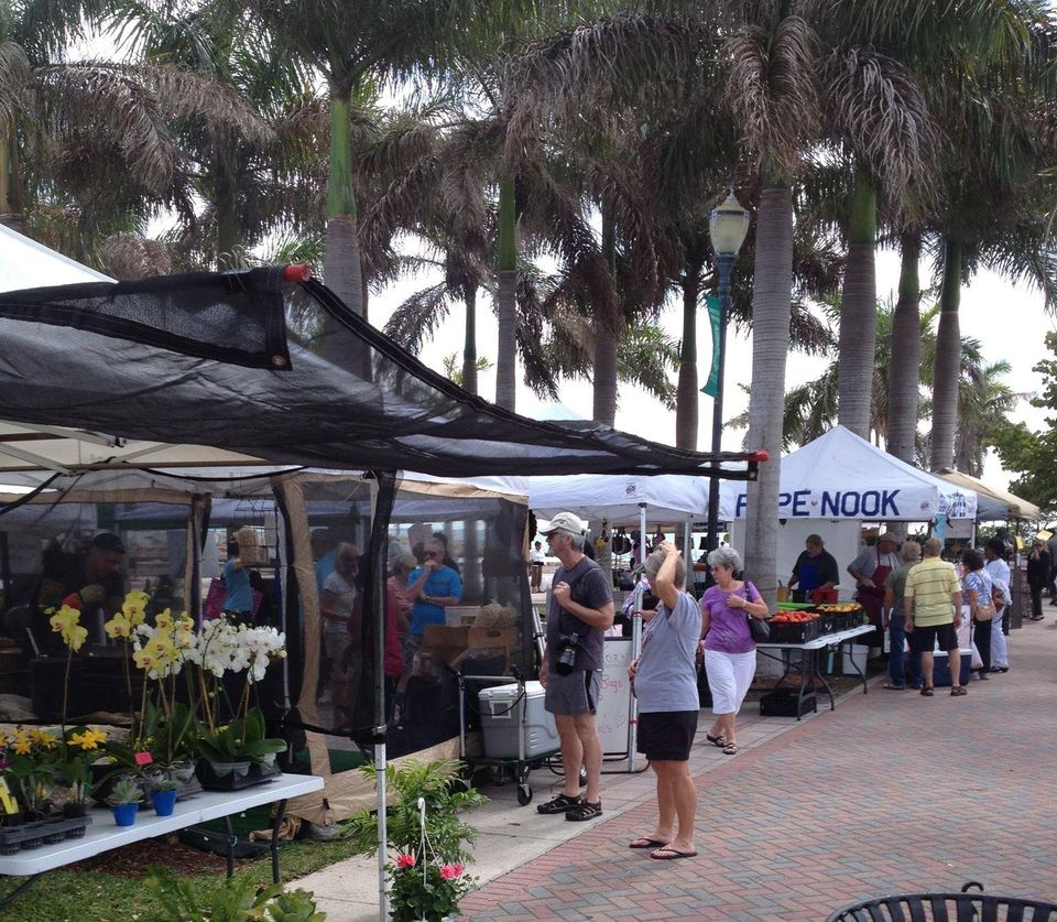 Residents and Visitors enjoying the Fort Pierce City Marina Every Wednesday Green Market