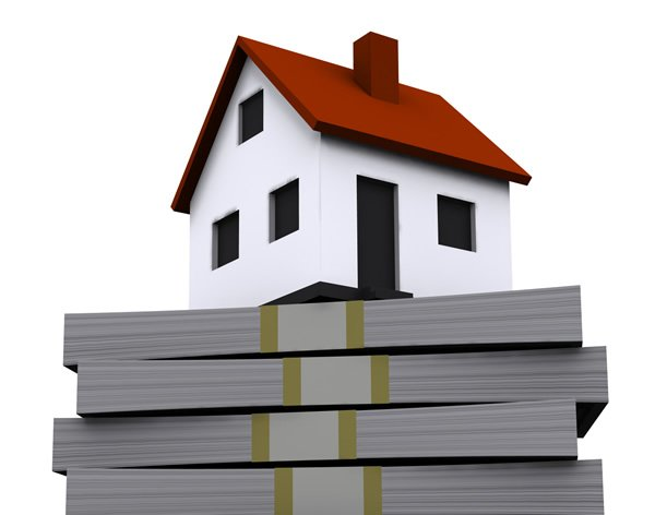 St Lucie County Medium home price increase, represented by a house sitting on a stack on money
