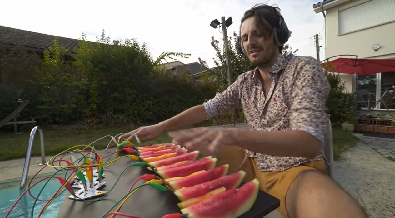 This Musician is Playing His Funkiest Beats Yet – On Some Watermelon and Kiwi Fruit
