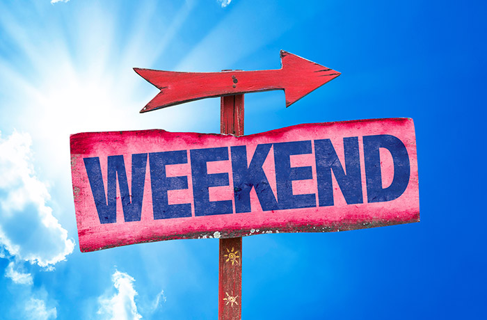 Graphic of a sign saying weekend with an arrow pointing to the weekend.