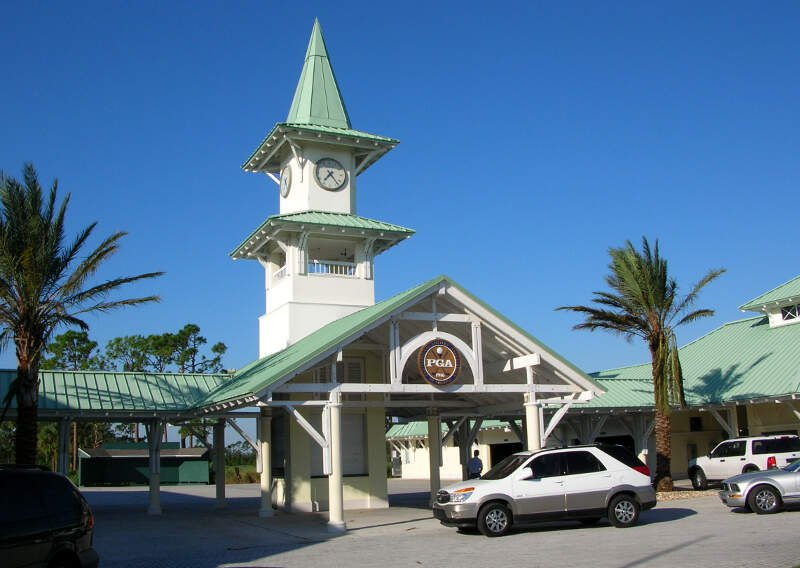 Picture of the entrance to PGA Village Golf & Tennis Club.